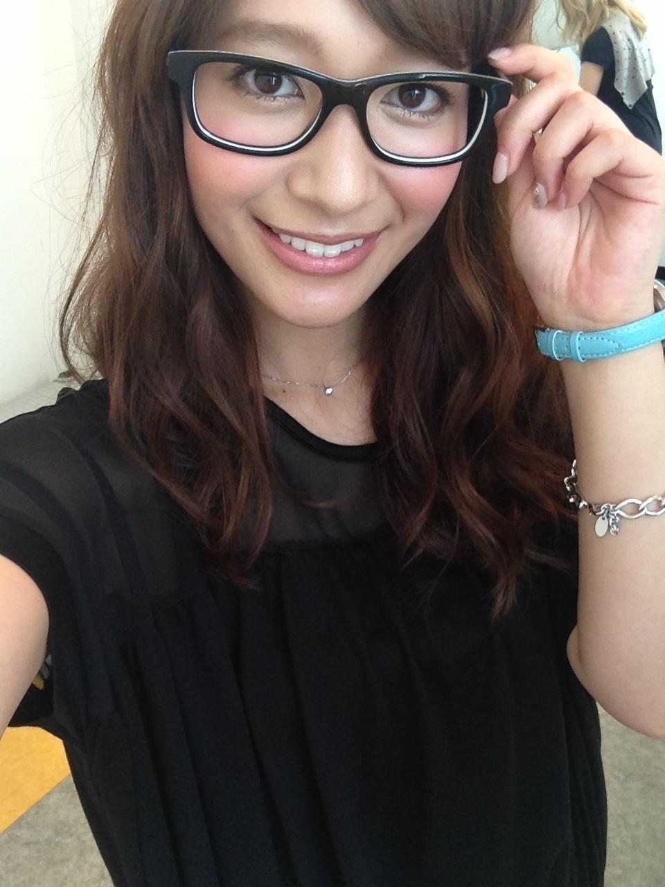 吉田明世のメガネ